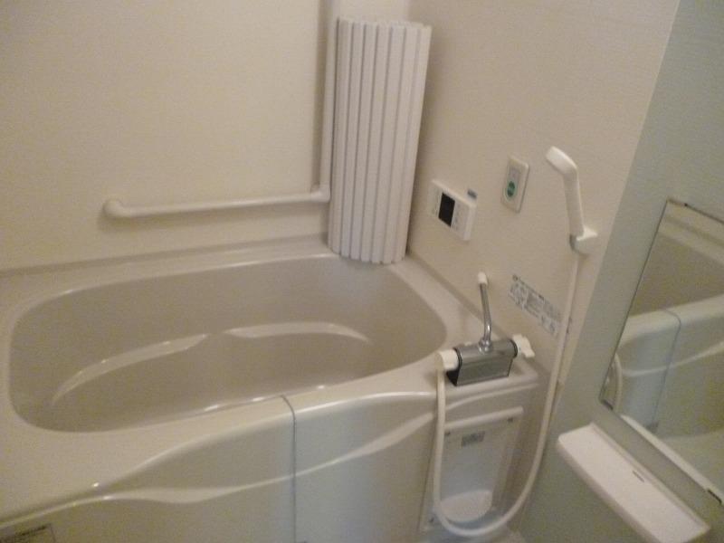 老人ホーム部屋お風呂