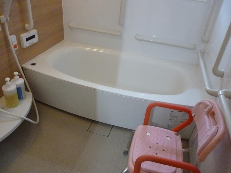 老人ホーム共有入浴