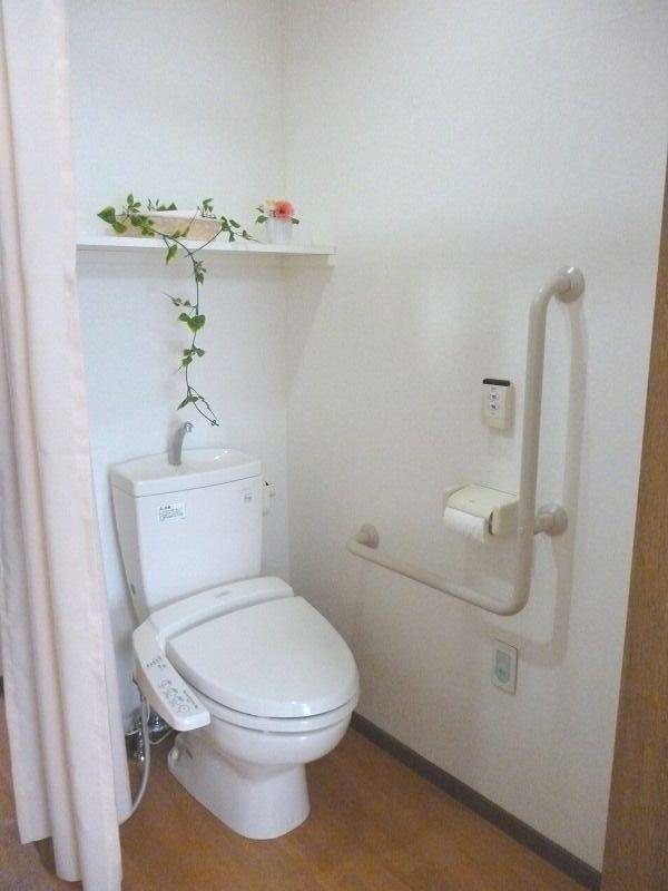 老人ホーム居室トイレ