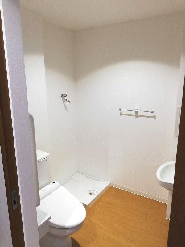老人ホームトイレ部屋